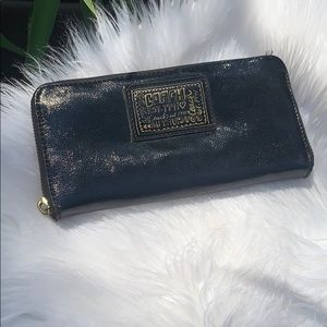 Coach black patent leather wallet with zipper
